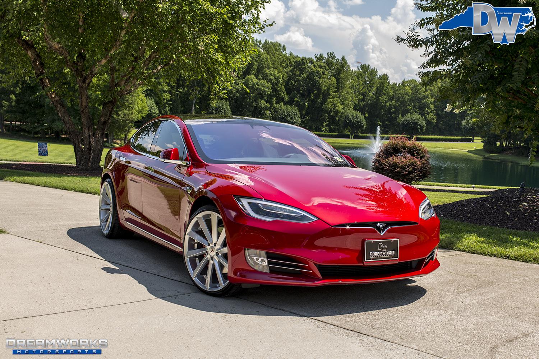 Red-Tesla-Dreamworks-Motorsports-3.jpg