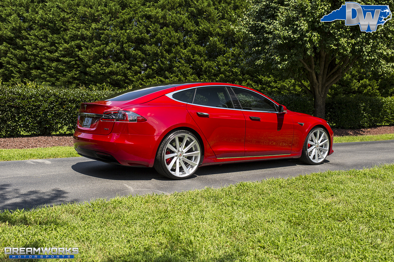 Red-Tesla-Dreamworks-Motorsports-9.jpg