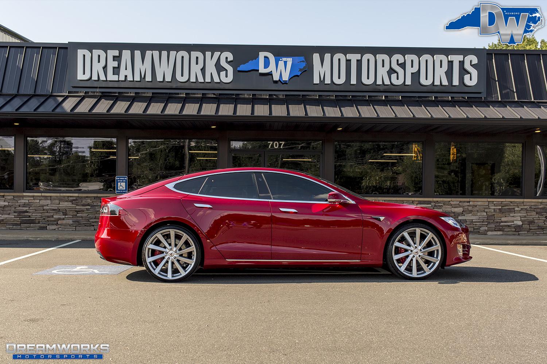 Red-Tesla-Dreamworks-Motorsports-15.jpg