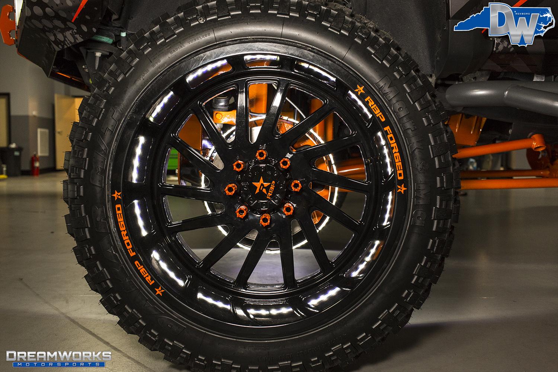 Orange-SEMA-Truck-Dreamworks-Motorsports-18.jpg
