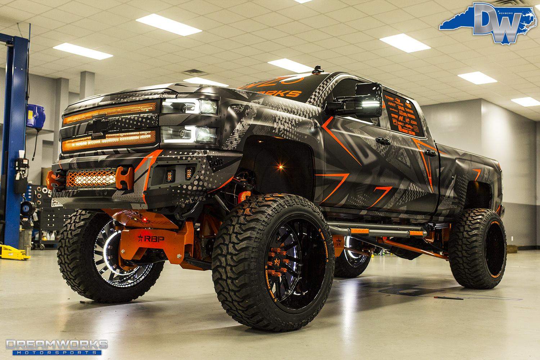 Orange-SEMA-Truck-Dreamworks-Motorsports-27.jpg