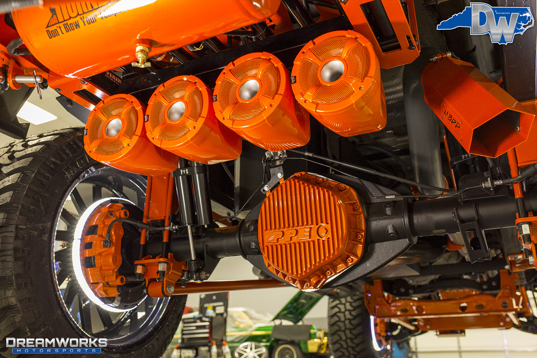 Orange-SEMA-Truck-Dreamworks-Motorsports-43.jpg