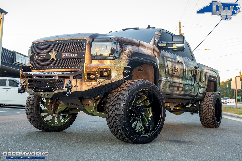 Green-SEMA-Truck-Dreamworks-Motorsports-12.jpg