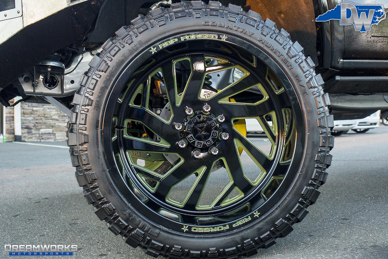 Green-SEMA-Truck-Dreamworks-Motorsports-13.jpg
