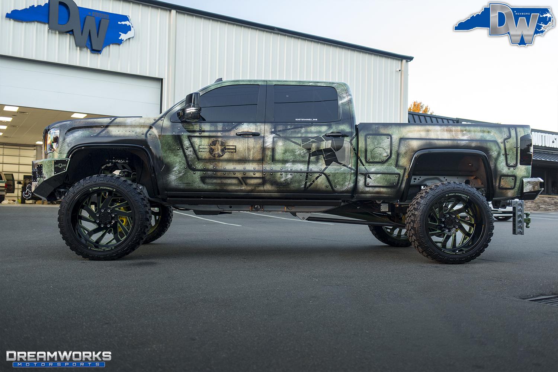 Green-SEMA-Truck-Dreamworks-Motorsports-17.jpg