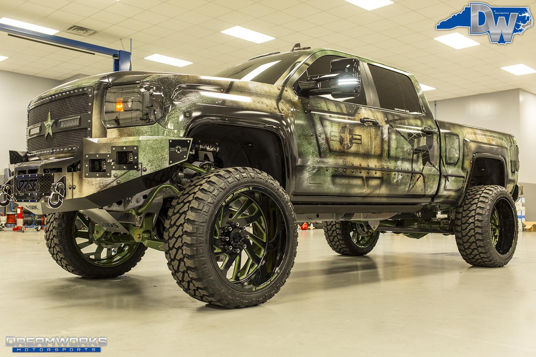 Green-SEMA-Truck-Dreamworks-Motorsports-2.jpg