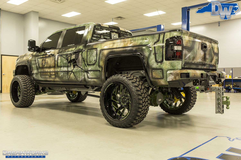 Green-SEMA-Truck-Dreamworks-Motorsports-6.jpg