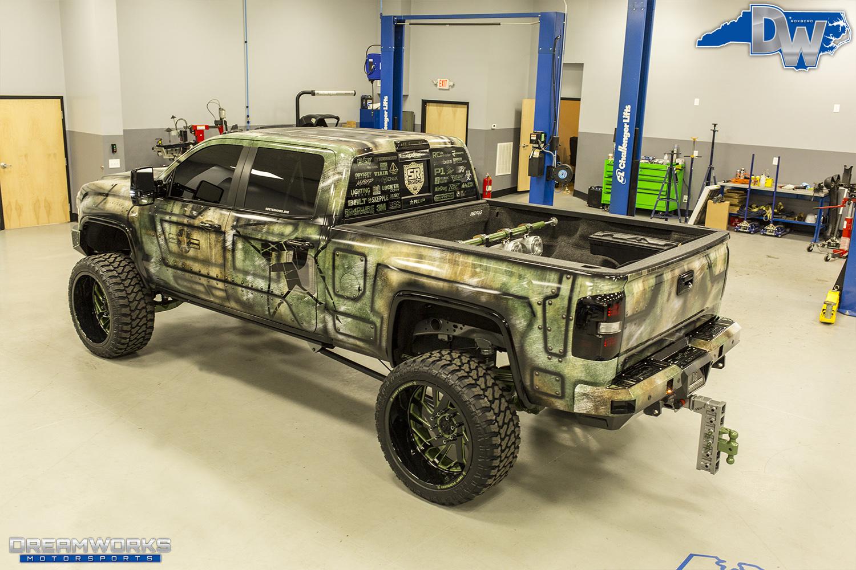 Green-SEMA-Truck-Dreamworks-Motorsports-7.jpg