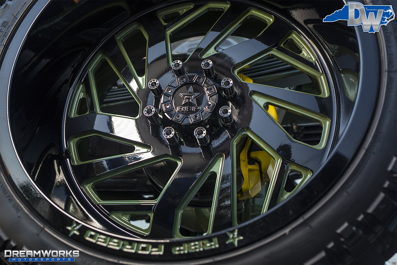 Green-SEMA-Truck-Dreamworks-Motorsports-20.jpg