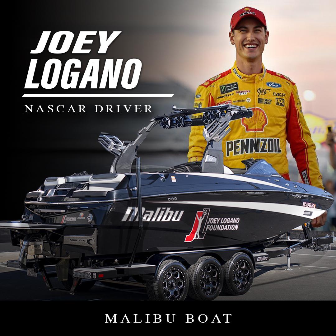 Malibu-Boat (1).jpg