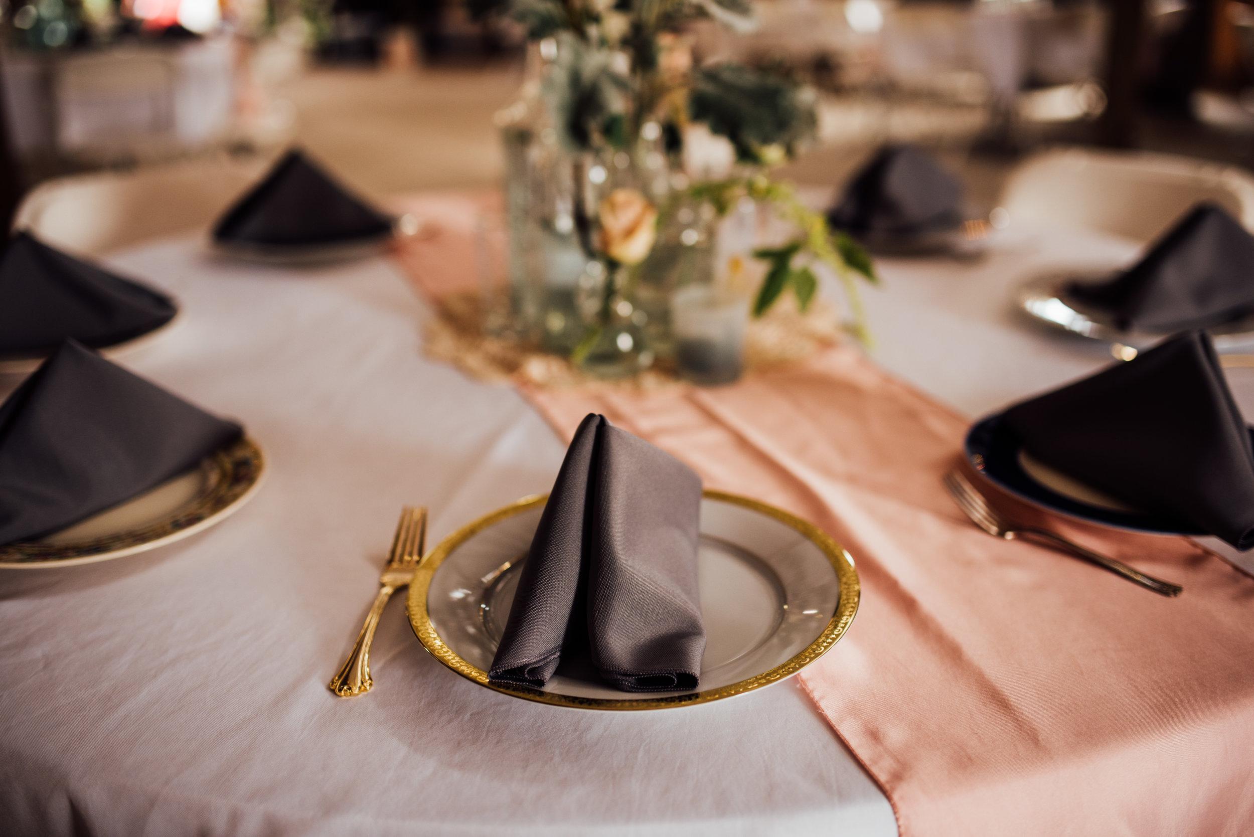 vintage plates table setting