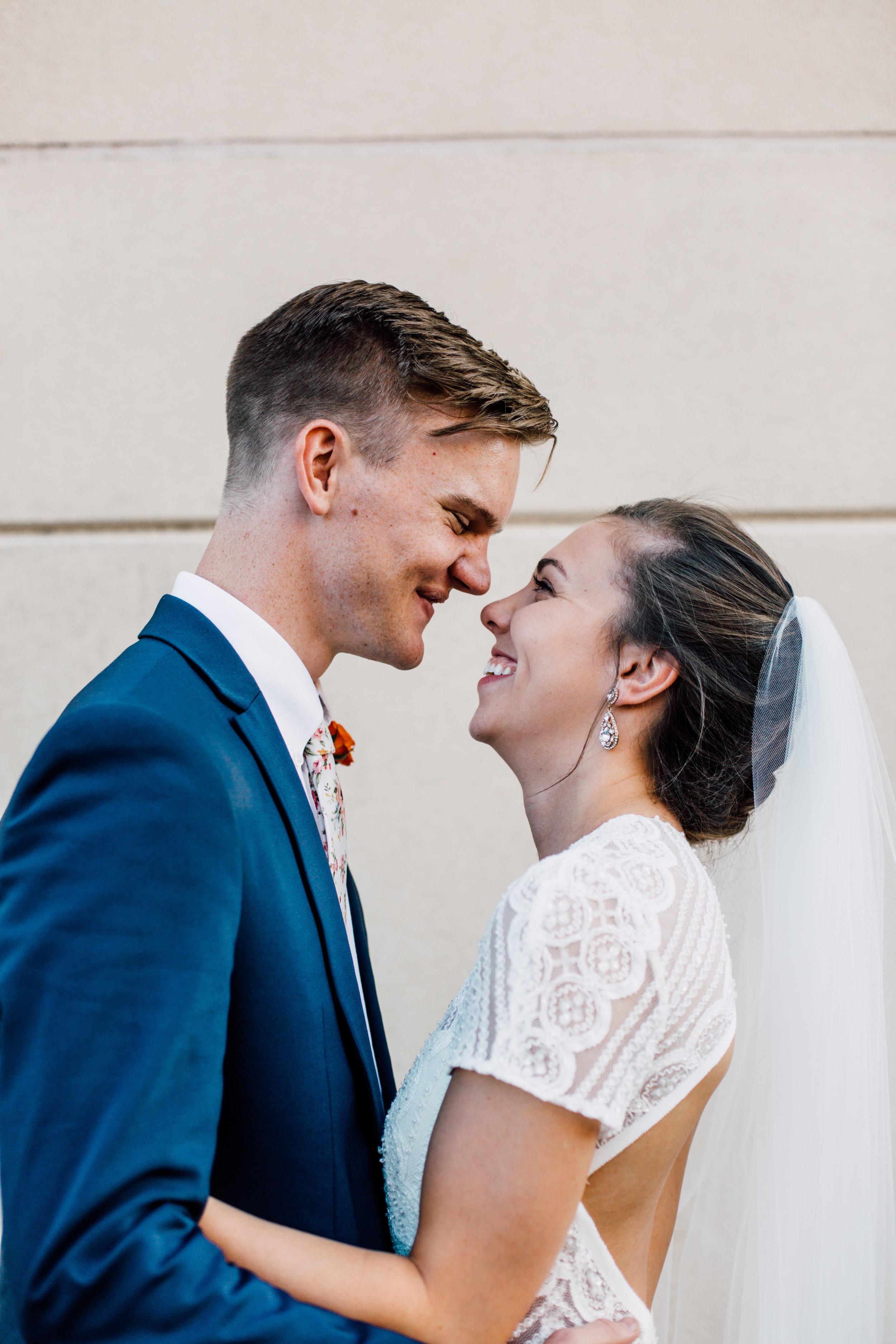 chattanooga_wedding_whitewall_couple