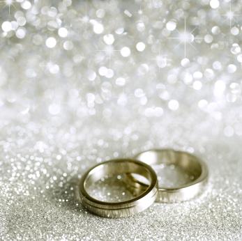 wedding-rings-silver-stars-sparkles.jpg