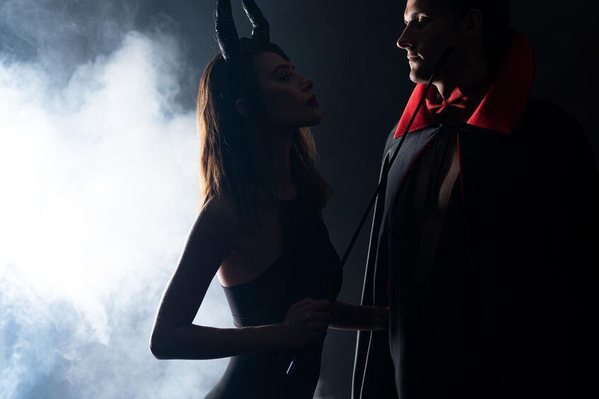 halloween sex.jpg