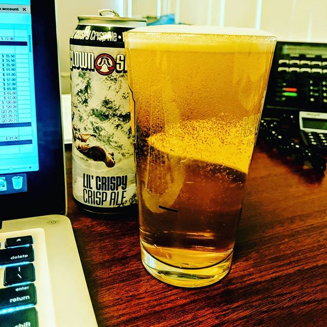 #fridays at the office after a LONG week! @clownshoesbeer Lil Crispy is going down way too easy... Have a safe #memorialdayweekend! #fridayvibes #tgif #holidayweekend #craftbeer #officebeer #miami #fortlauderdale #westpalmbeach #southflorida #florida