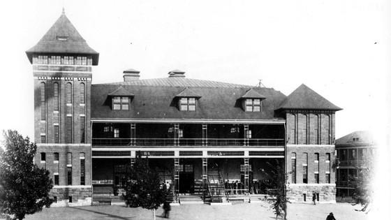building19-historic-mess-hall_slideshow.jpg