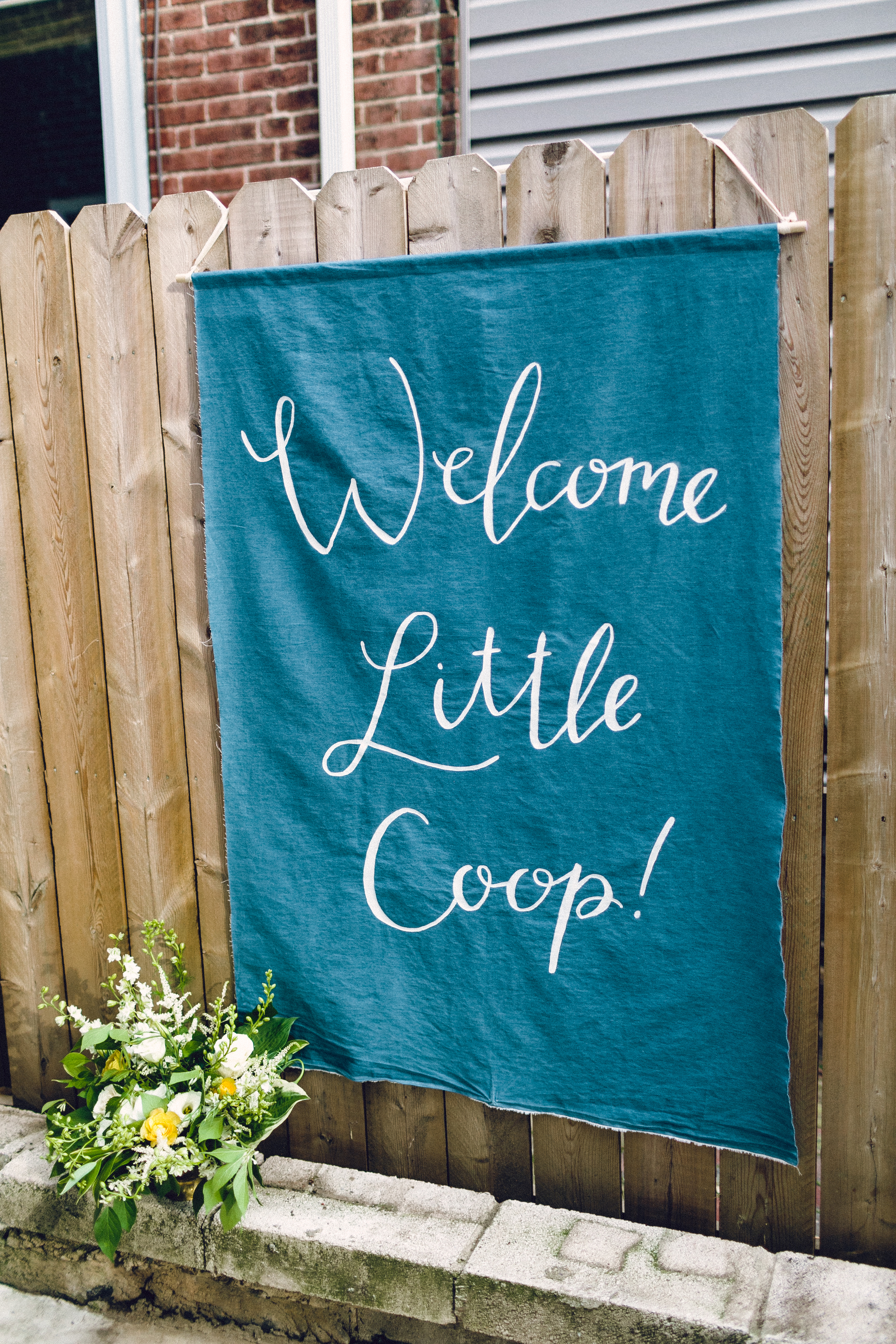 fabric welcome banner by hello, bird. // photo courtesy of danfredo photos + films