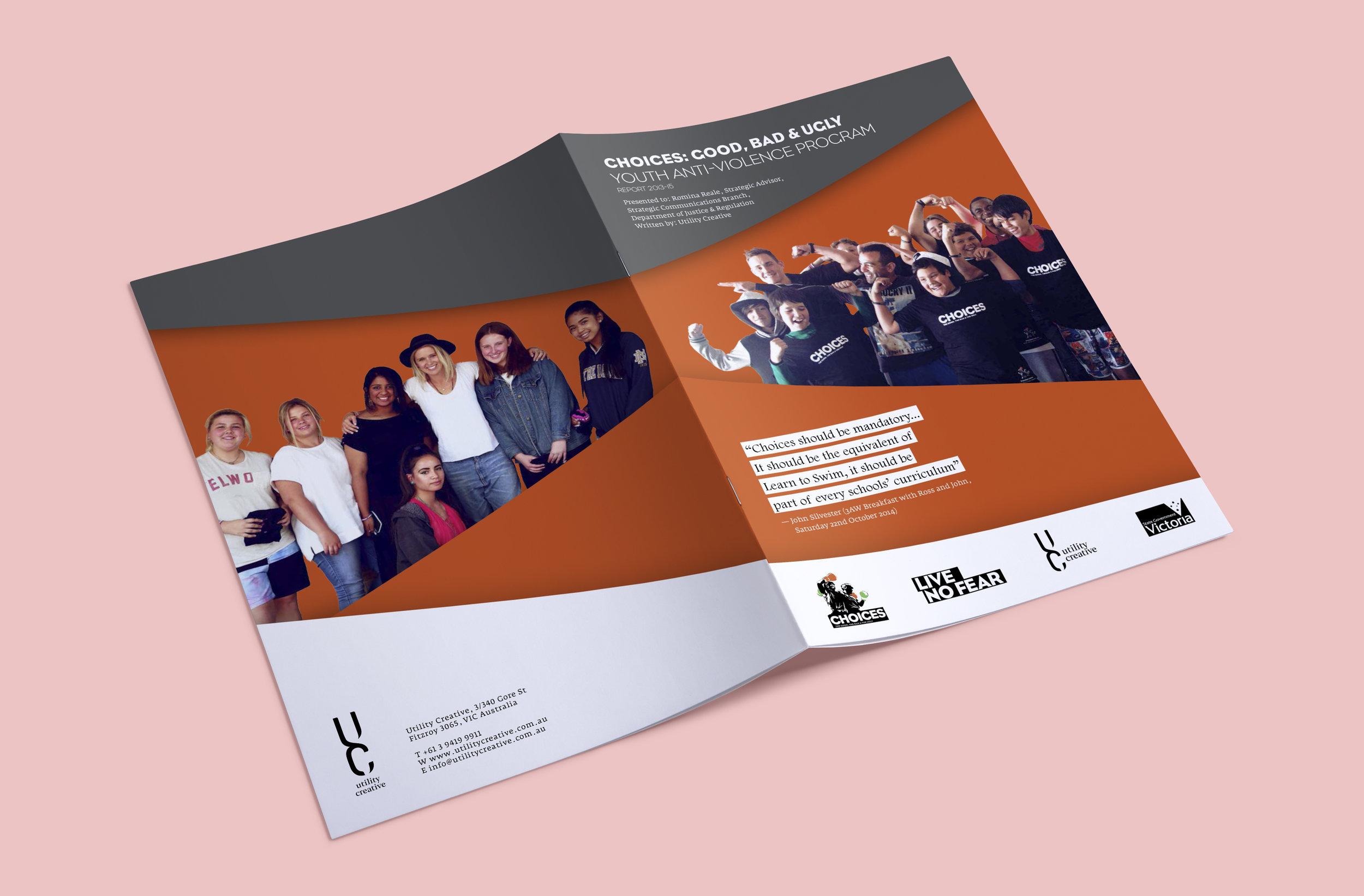 free-a4-brochure-mockup-2.jpg