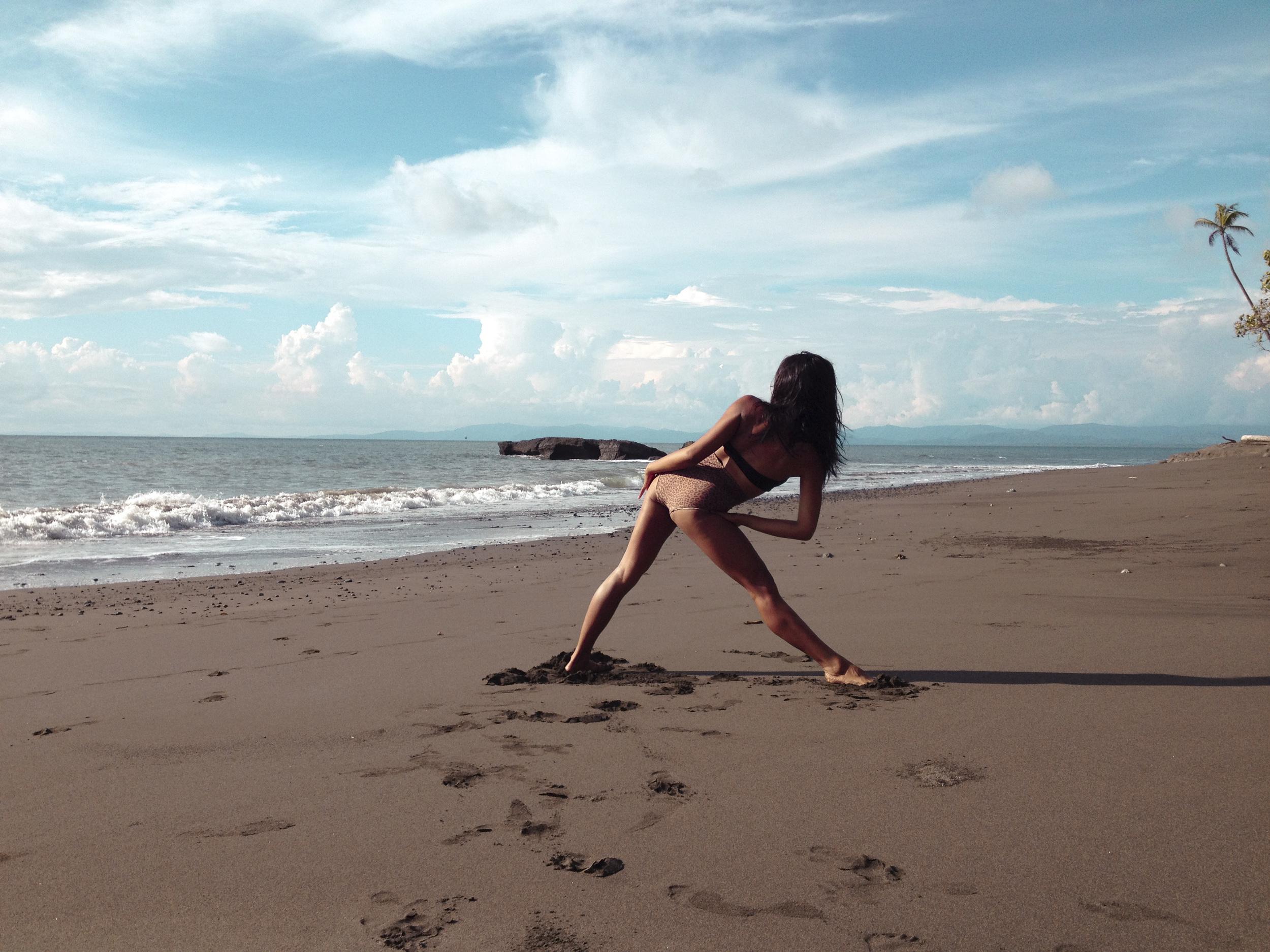 Beach Yoga7.jpg