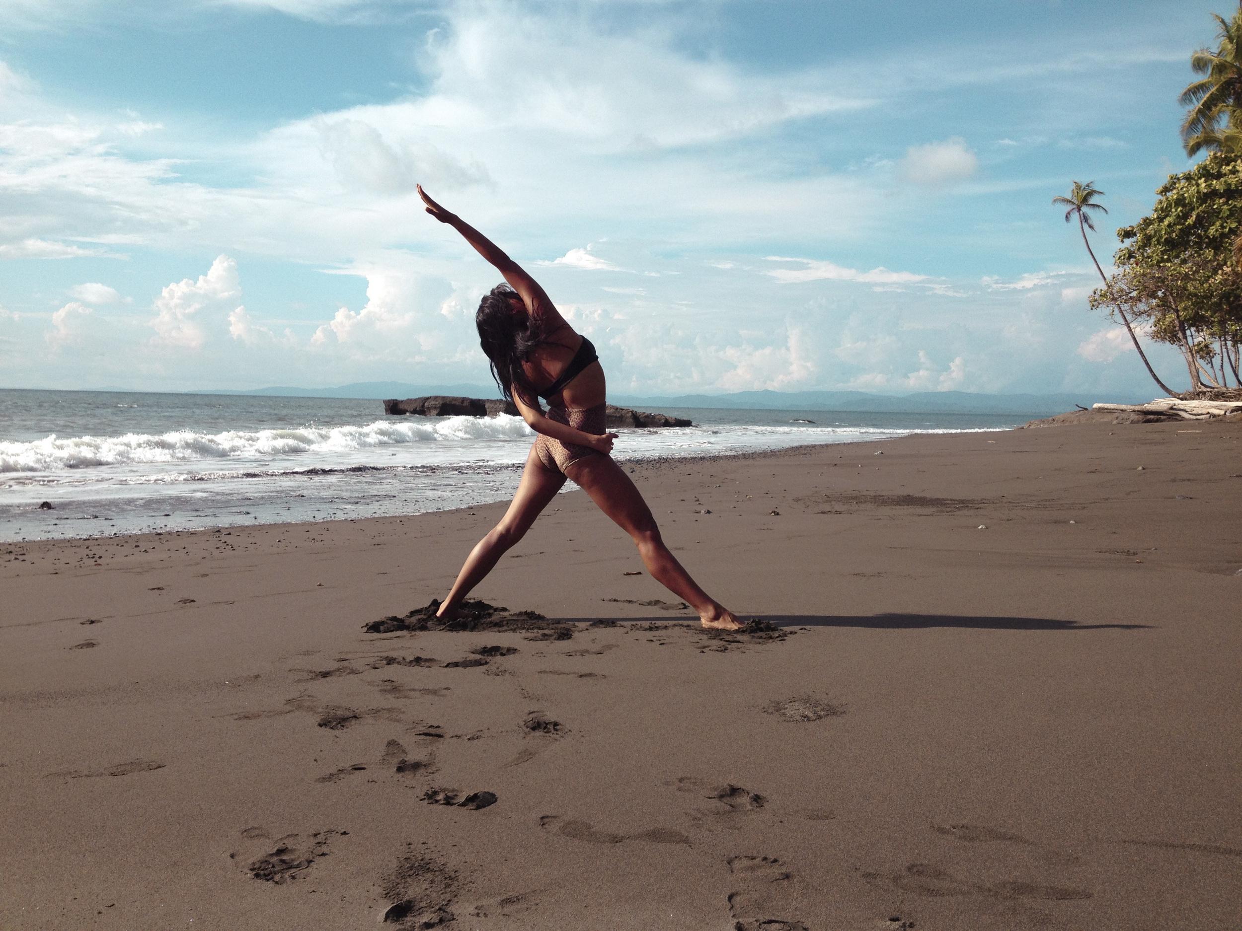 Beach Yoga10.jpg
