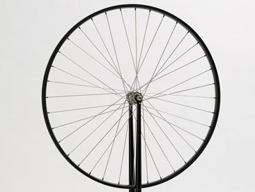 Marcel-Duchamp-Bicycle-wheel-MUMA-PrimerMag.jpg