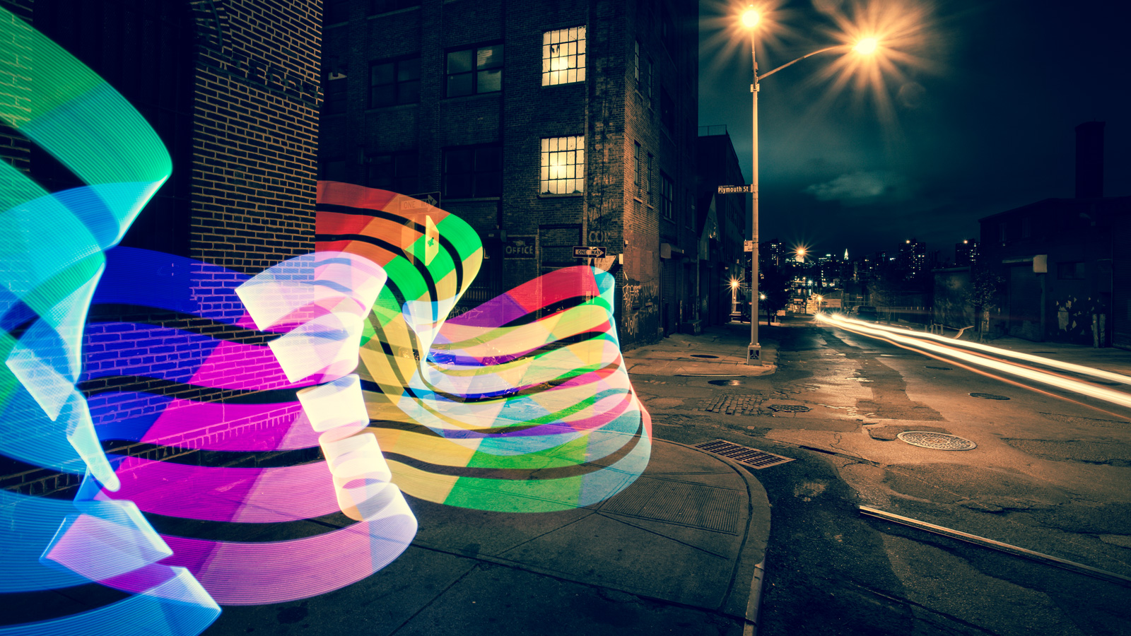 The Pixelstick in action. Source: http://thenextweb.com/gadgets/2014/01/01/crowdfunding-hot-top-campaigns-2013/5/
