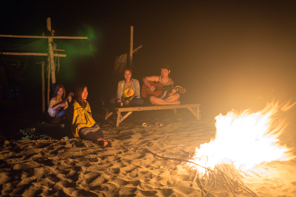 Bonfire jamming on the beach with Isa, Jackie, Lexie of www.365storiestotell.com, and Miggy