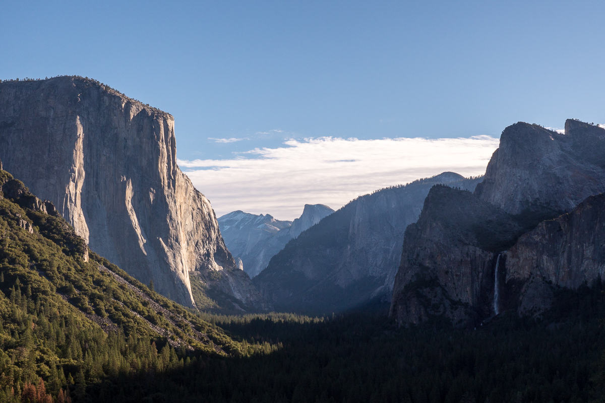 The classic view of Yosemite at Tunnel View.