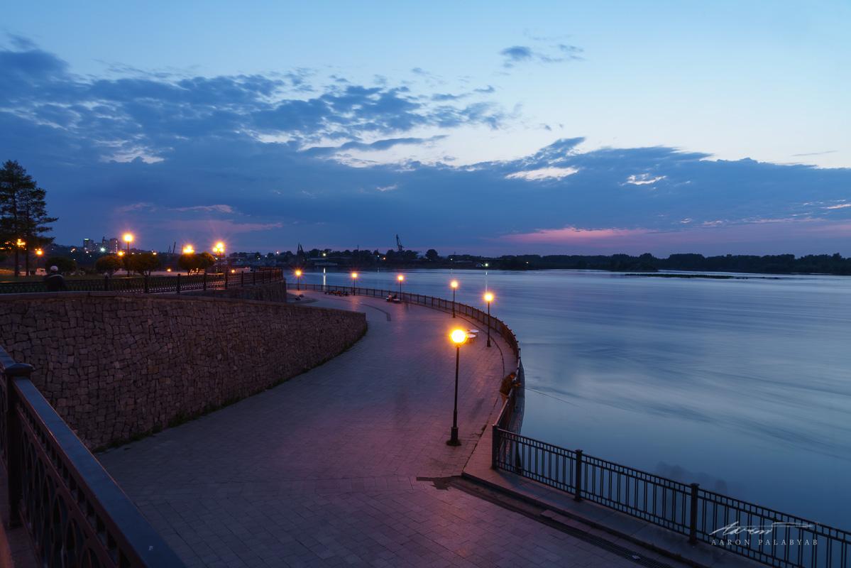 The embankment of the Angara at twilight