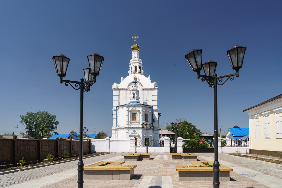 A view of the cathedral from Ulitsa Sobornaya