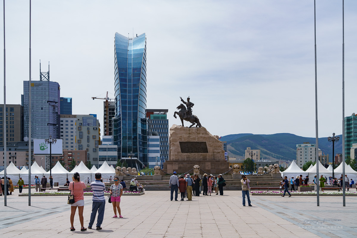 The other side of Chinggis Square