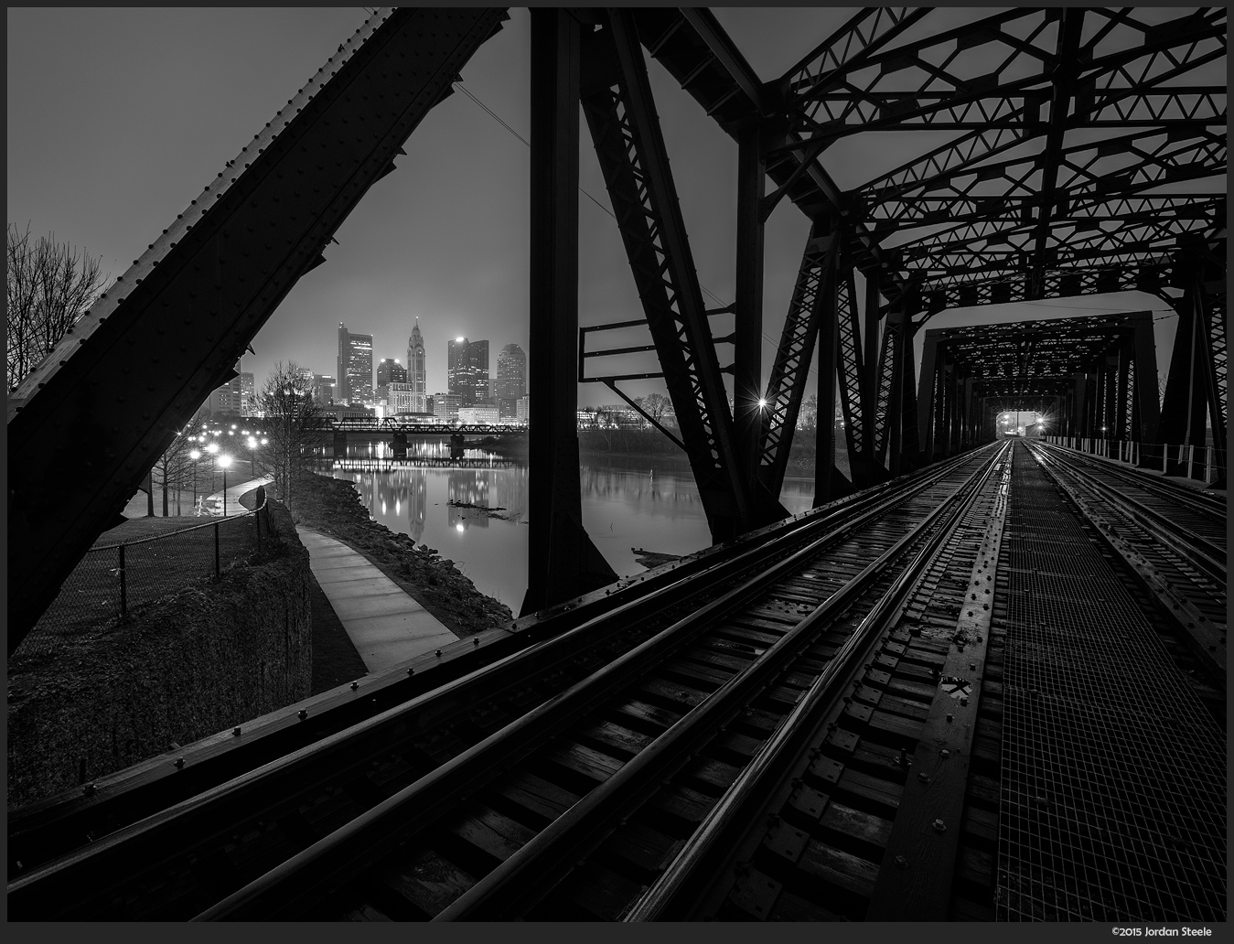 foggy_railroad_morning.jpg