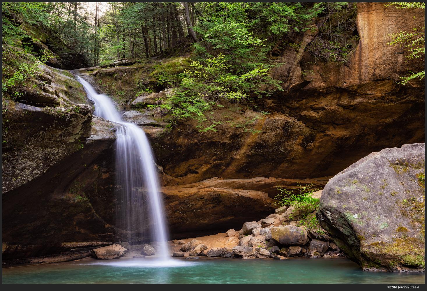 lower_falls_rock.jpg