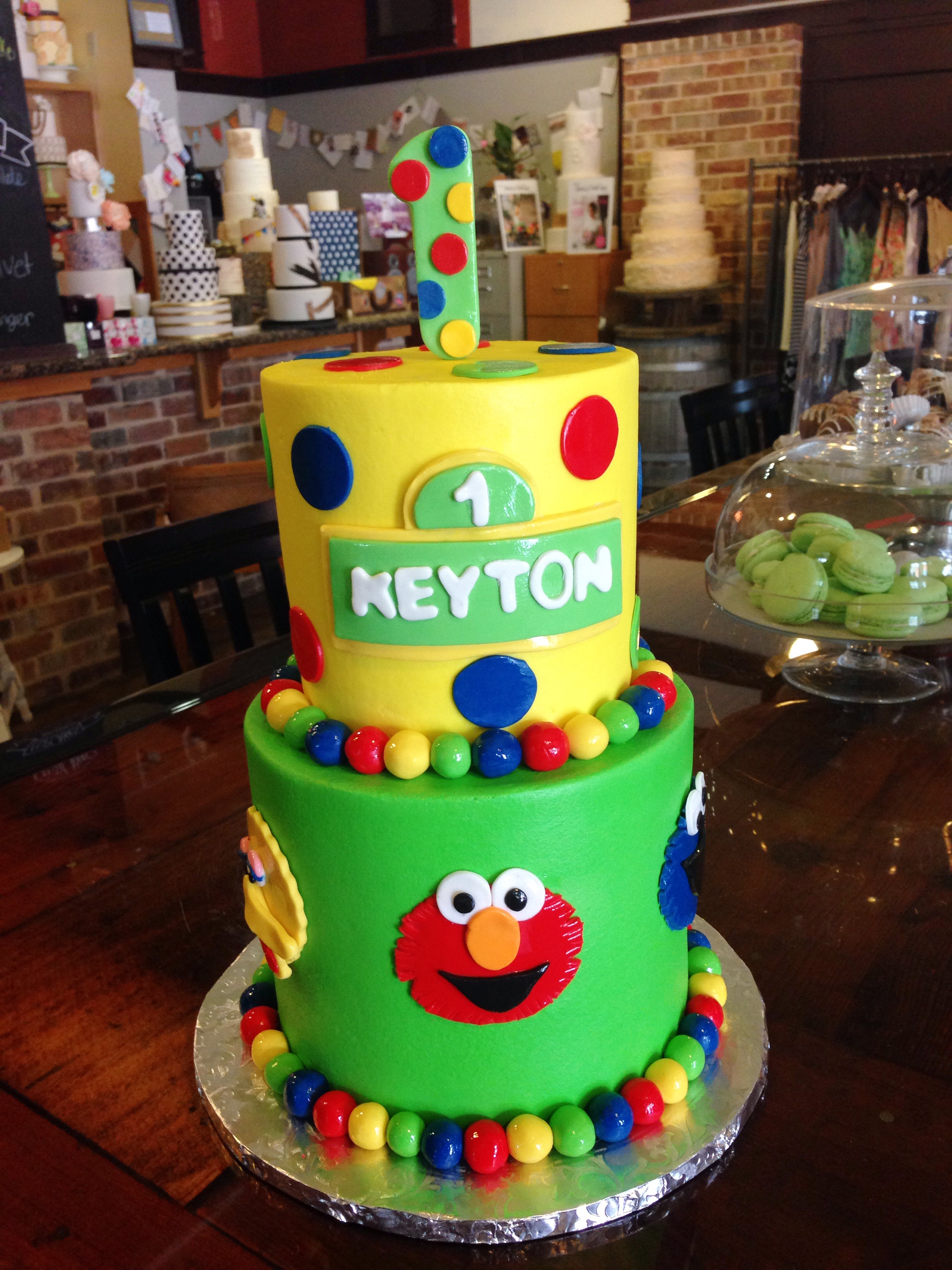 Sesame_Street_Kids_Birthday_party_cake_elmo_cookiemonter_bigbird_first_brithday_SugarBeeSweets.JPG
