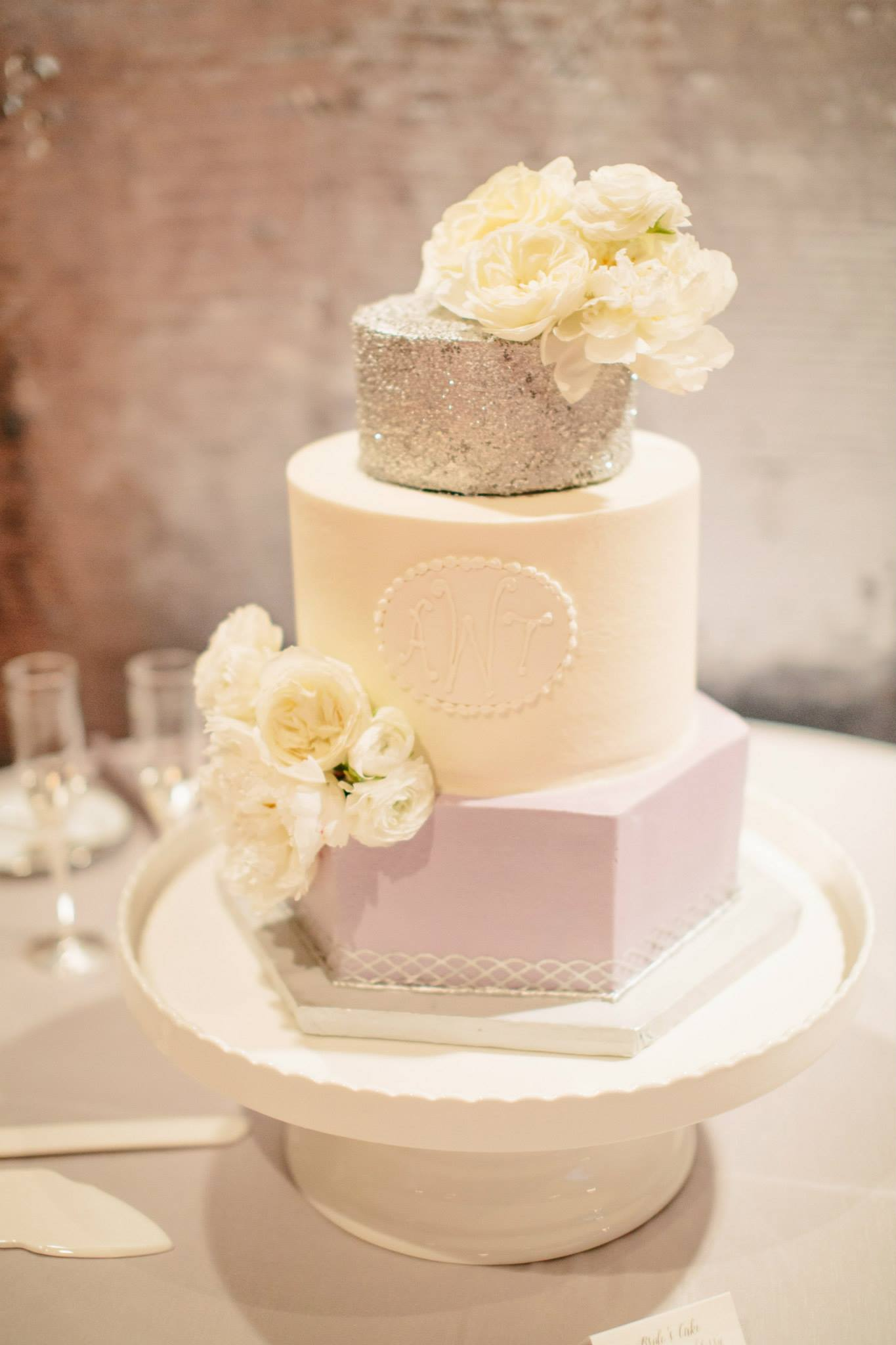 Hexagon_silver_tier_monogram_wedding_cake_sugarbeesweets_bakery.jpg