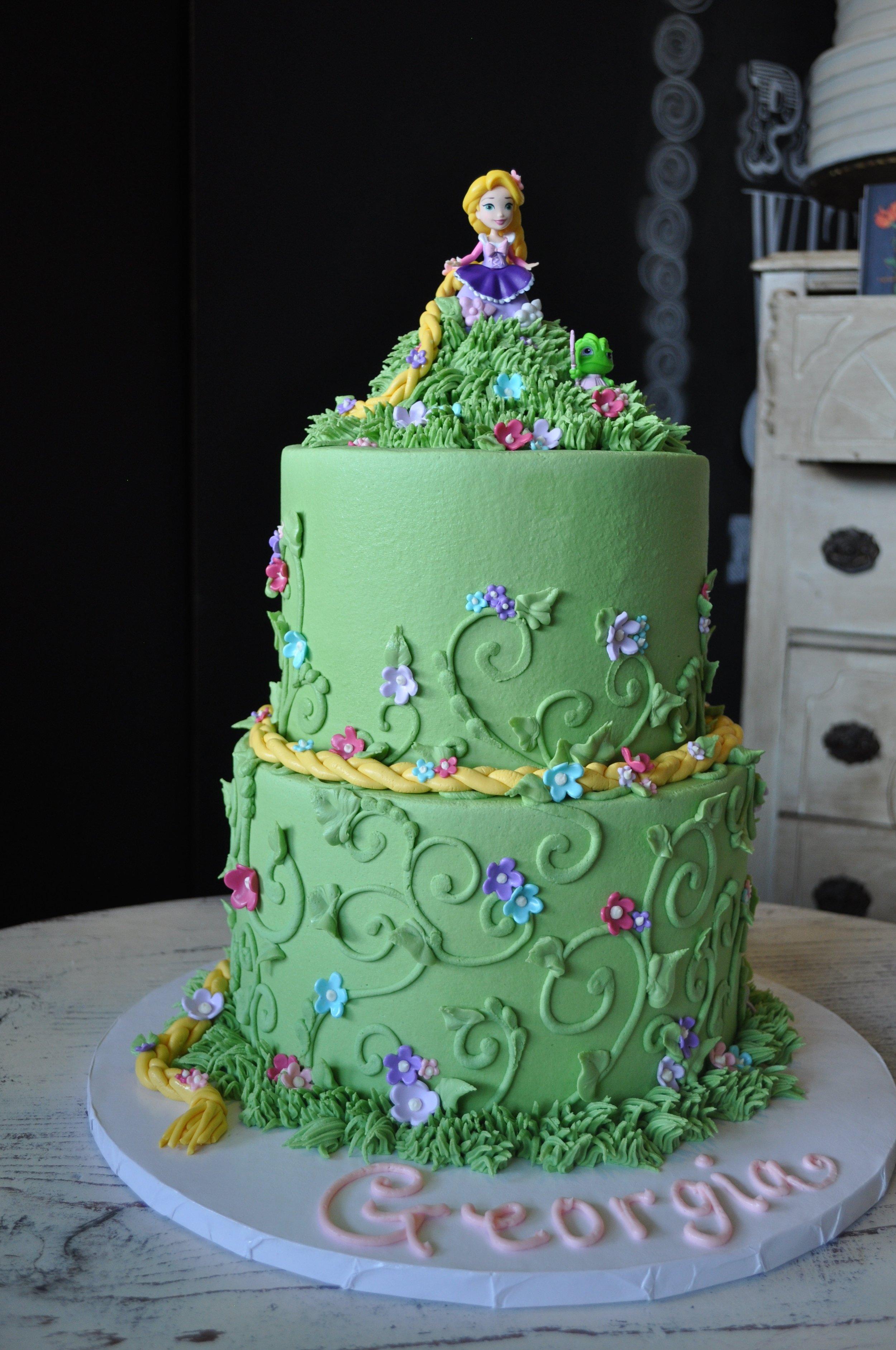 Tangled Cake.jpg