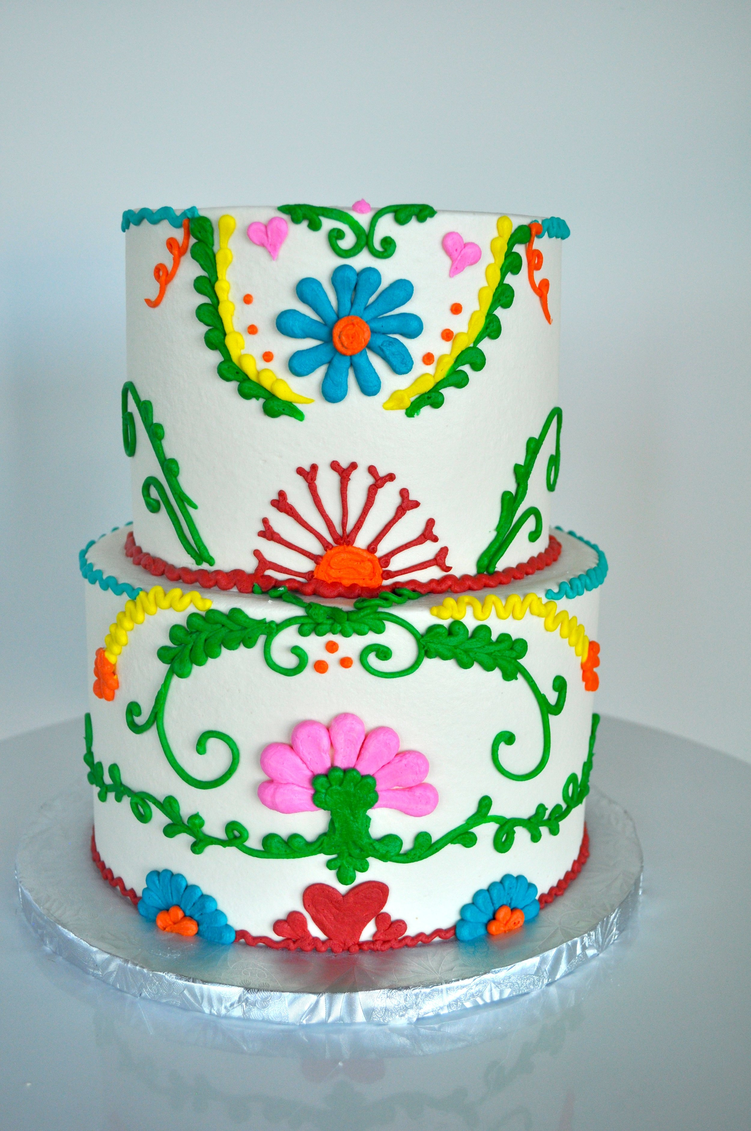 Fiesta Piping Cake.jpg