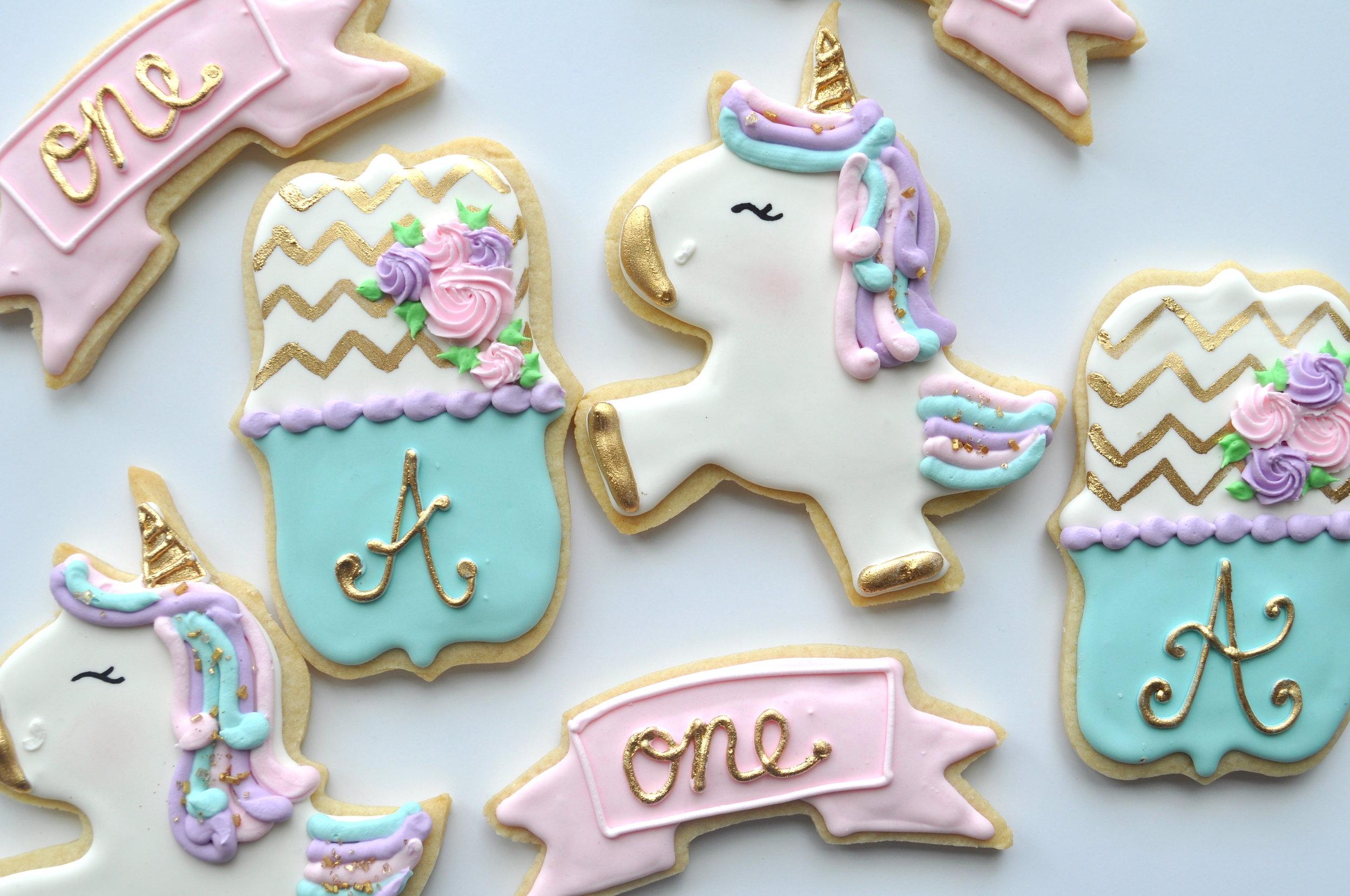 unicorn:plaque sugar cookies 3.jpg
