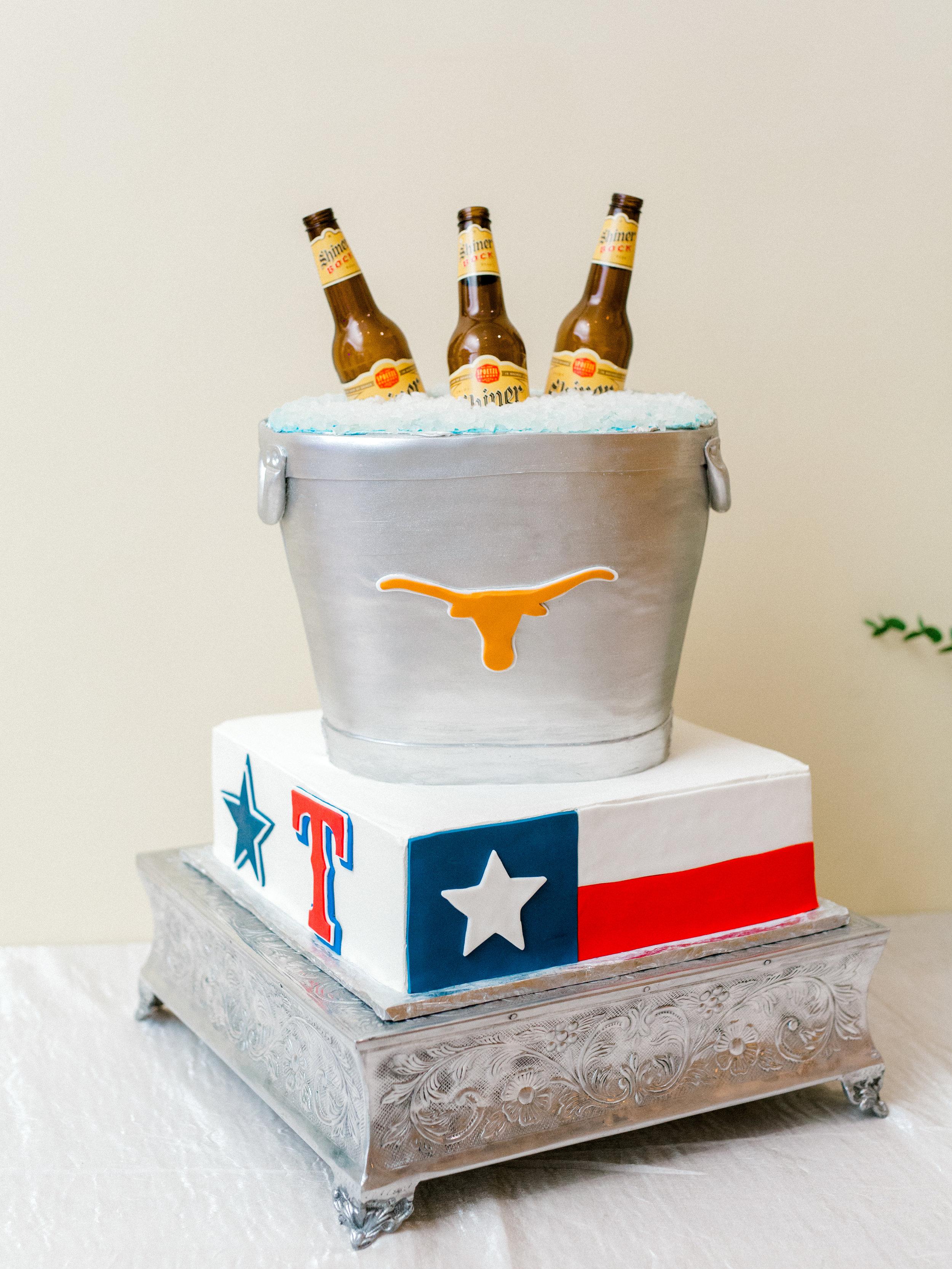 ClaireBehrmann_ElisabethCarol_TexasThemed.jpg
