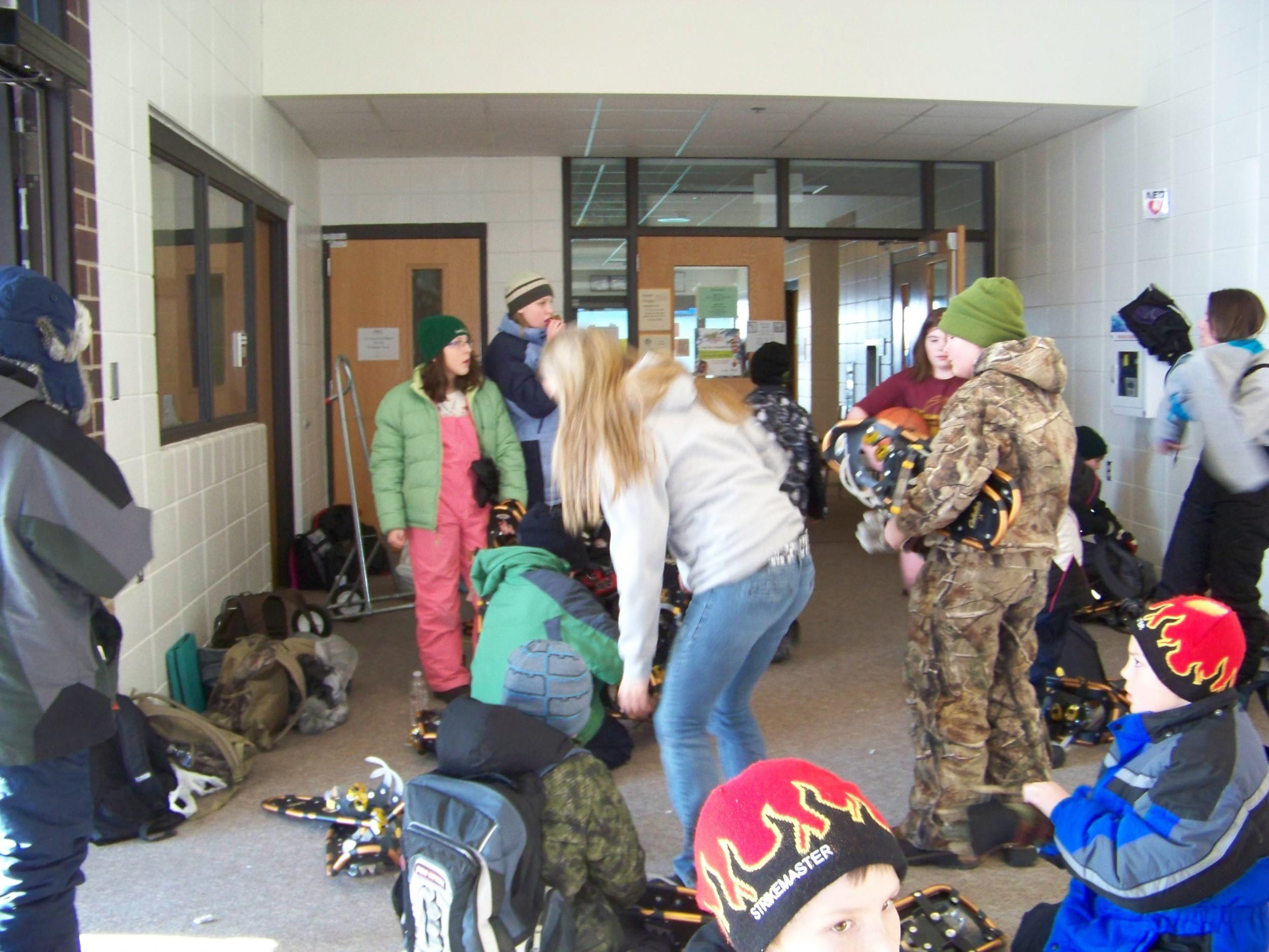 snowshoe class 2011 001.jpg