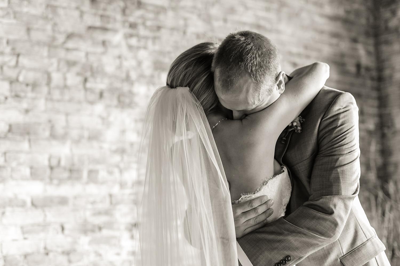 2015-Wedding-Portfolio-016.JPG