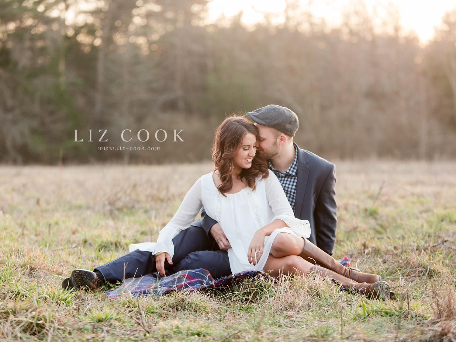 glencliff_manor_engagement_liz_cook_photography__0036.jpg