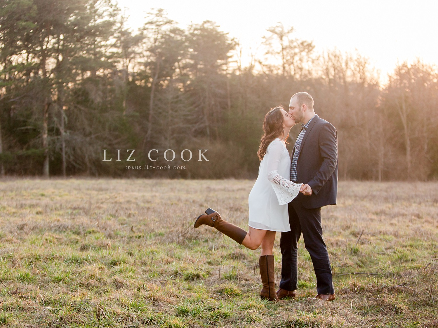 glencliff_manor_engagement_liz_cook_photography__0039.jpg