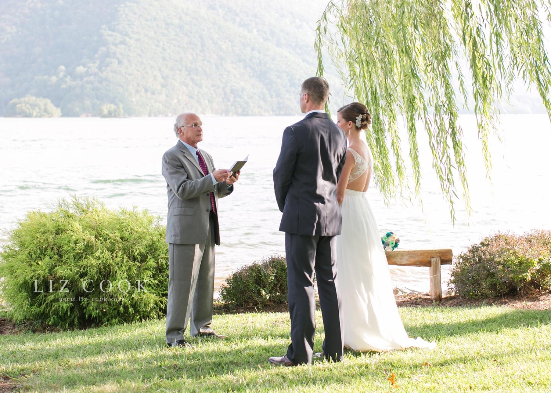 lynchburg-virginia-elopement-wedding-pictures_0010.jpg