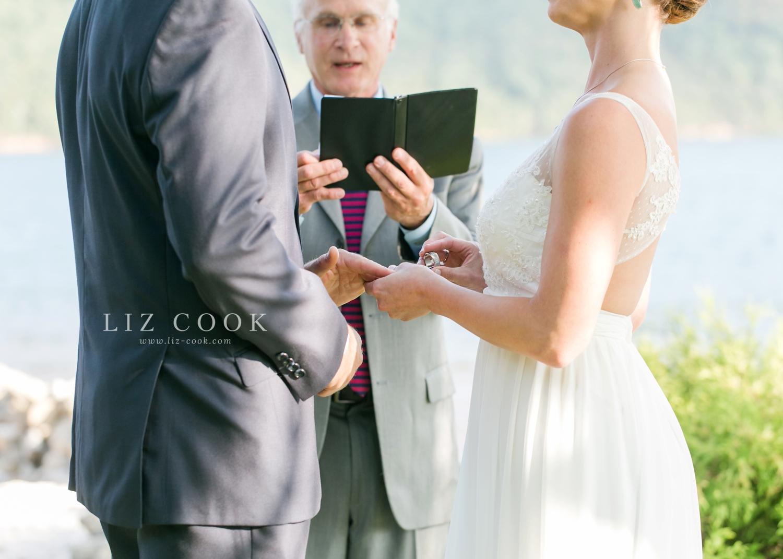 lynchburg-virginia-elopement-wedding-pictures_0015.jpg