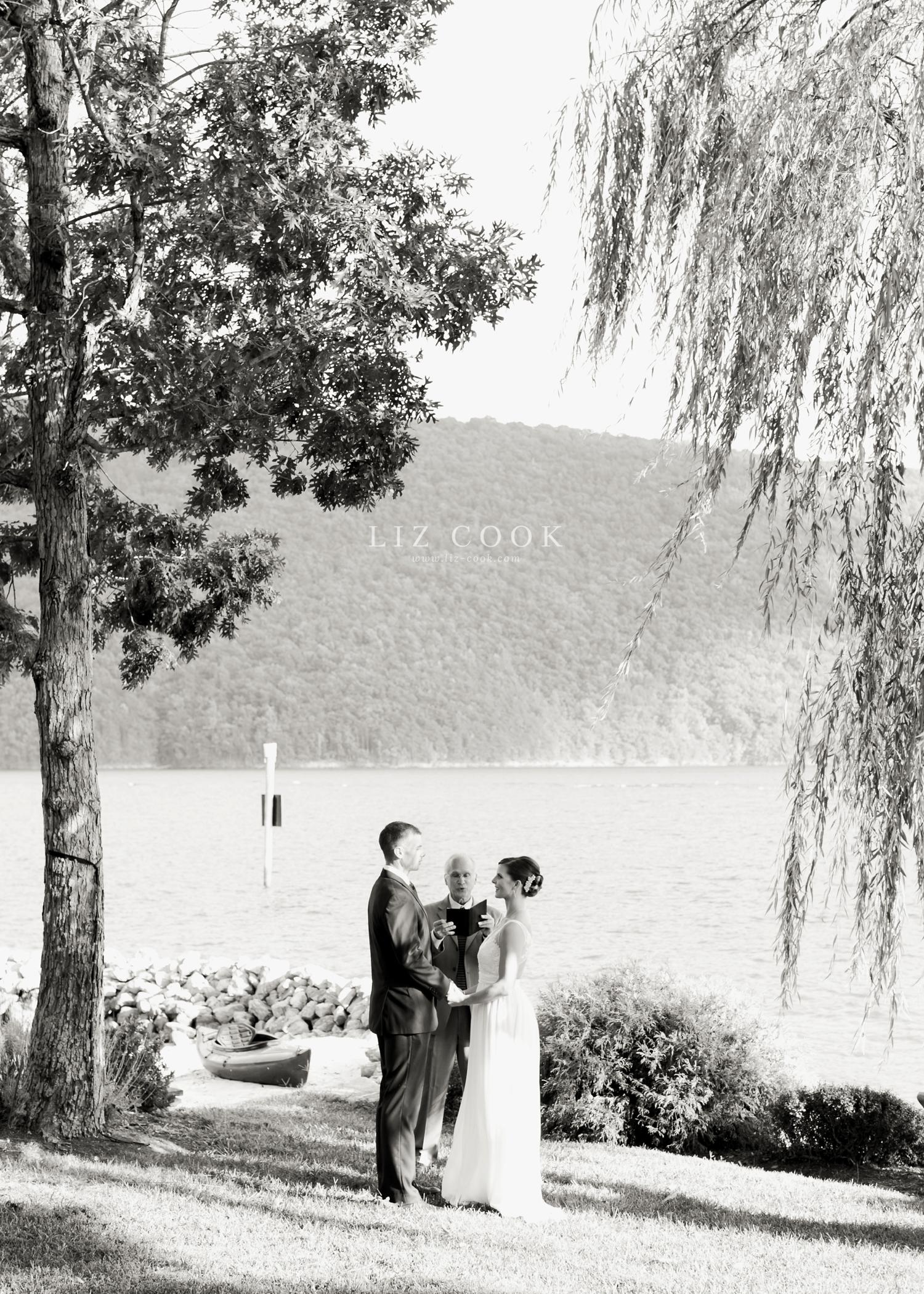 lynchburg-virginia-elopement-wedding-pictures_0014.jpg