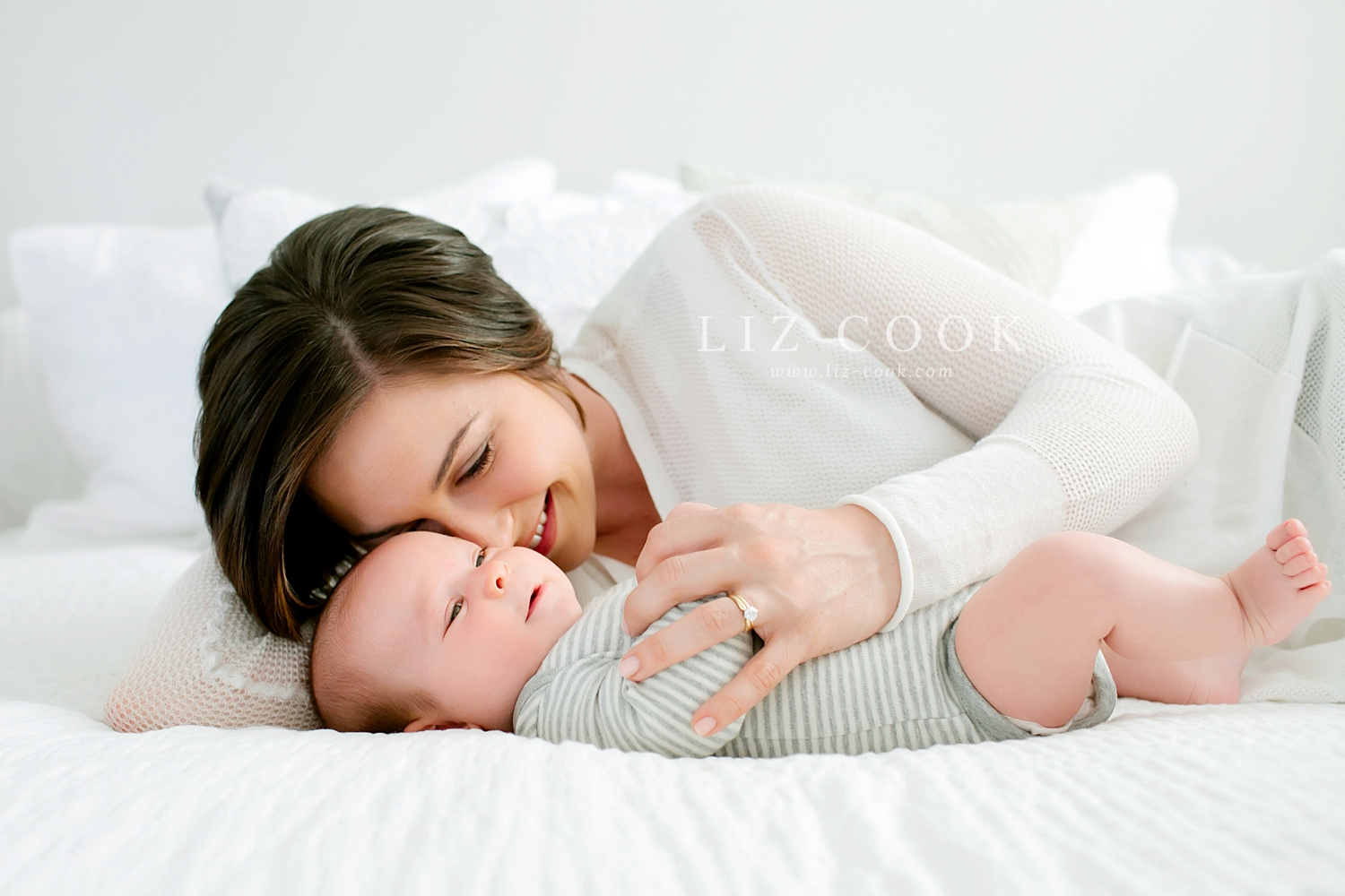 lynchburg_virginia_studio_newborn_session_0005.jpg