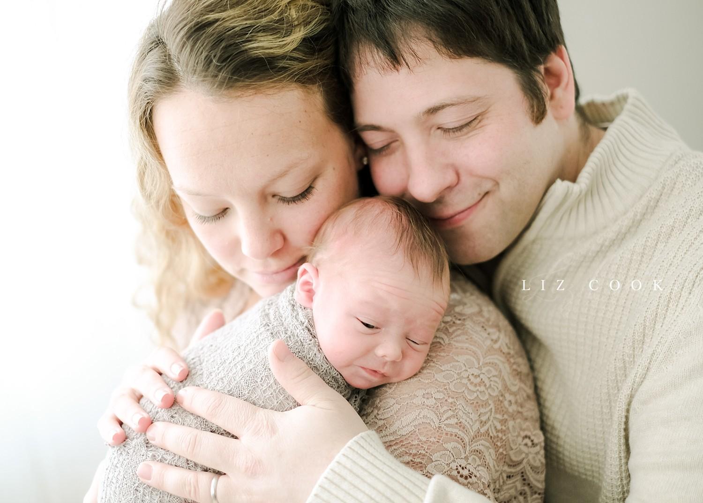 lynchburg-virginia-newborn-family-pictures_0014.jpg