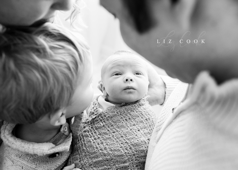 lynchburg-virginia-newborn-family-pictures_0018.jpg