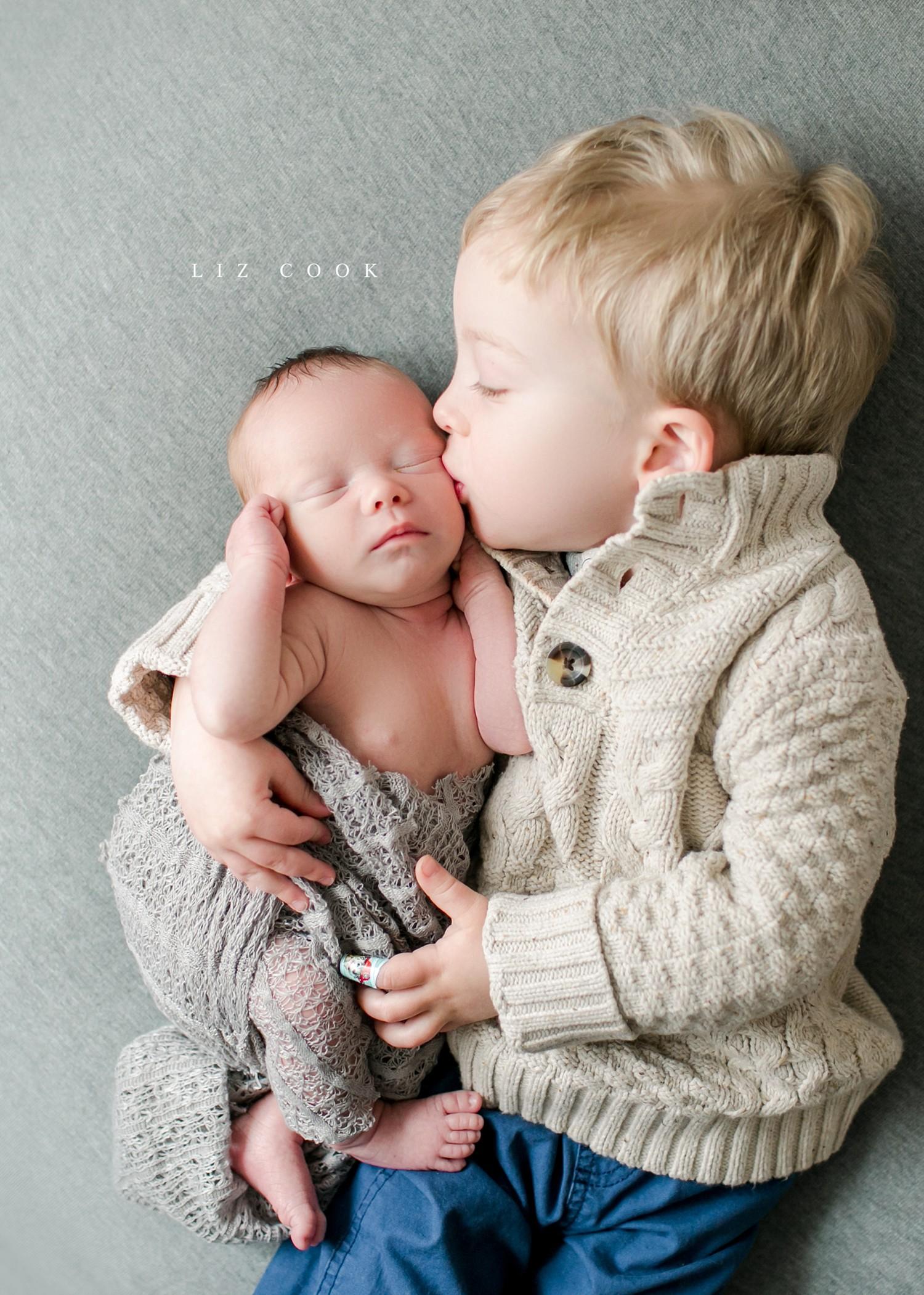 lynchburg-virginia-newborn-family-pictures_0021.jpg